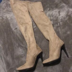 Charles David tan suede knee high boots size 6